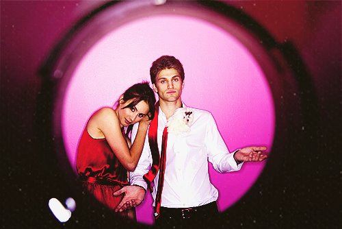 Keegan Allen Wallpapers Keegan Allen parla della B Pretty Little Liars