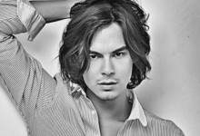 "Tyler Blackburn protagonista de ""Love Is All You Need"""